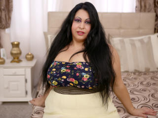 Picture of the sexy profile of NastyBigBoobsForU, for a very hot webcam live show !