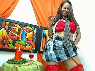 HornyHotForYou webcam striptease