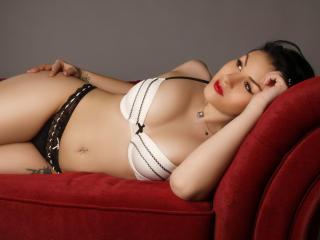 LorraLove erotic webcam porn