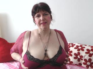 MatureAnais horny webcam show
